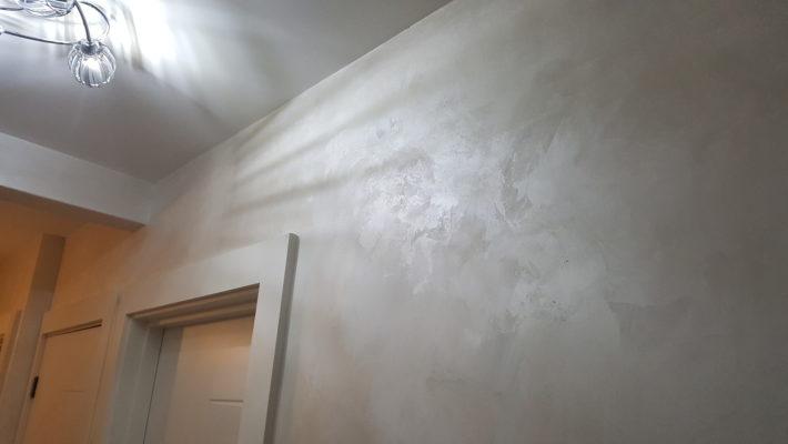 venetian plaster coridor