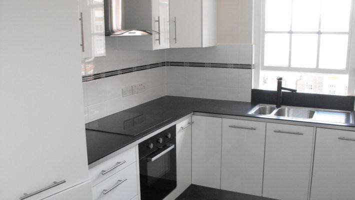 finished kitchen, tiling
