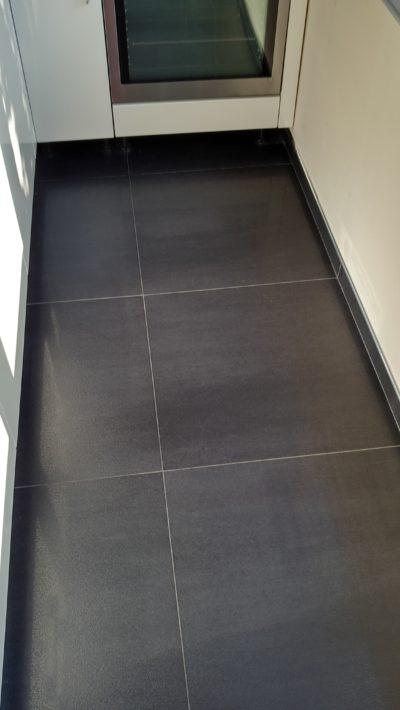 floor, small kitchen