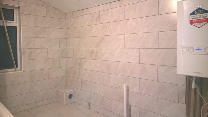bathroom floor to ceiling tiling