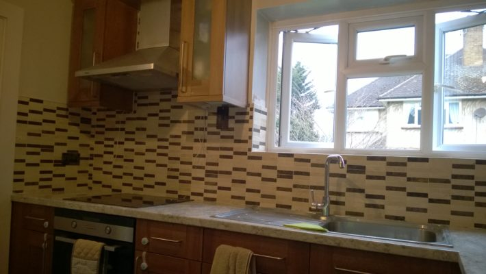 two coloured kitchen tiling
