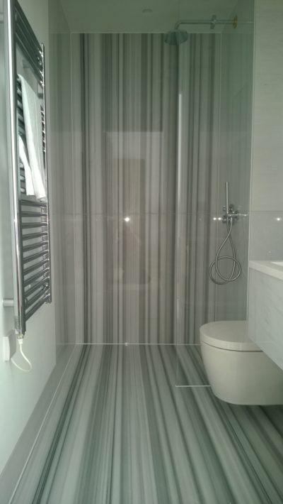 large bathroom floor&walls tiles, radiator