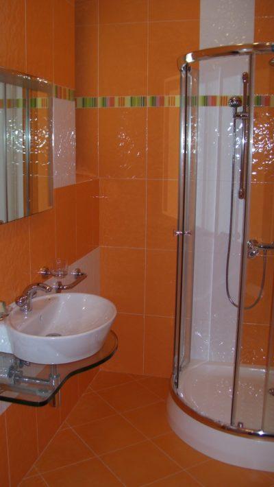 bathroom in orange